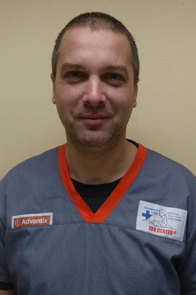 Д-р Ивайло Петров